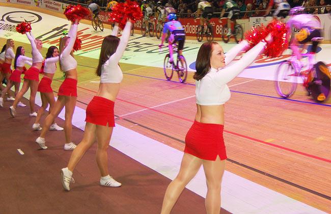 berlinsix-cheerleaders650