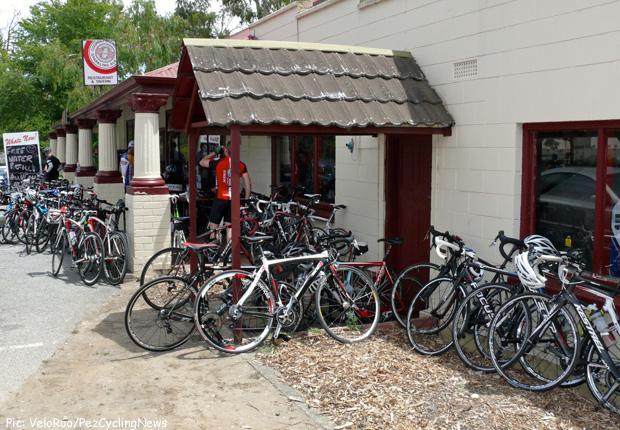 tdu14st3_cafe_bikes