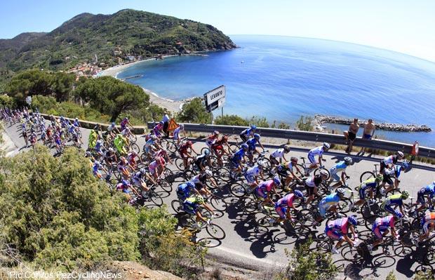 Photo: More sea views to Sestri Levante on stage 3...