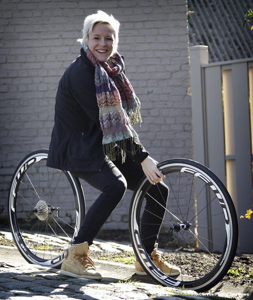 hetnieuwsblad15-women-DD