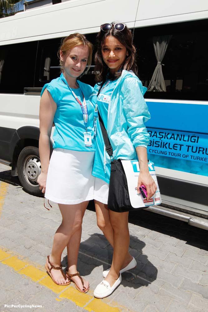 turkey15-2girls-dd