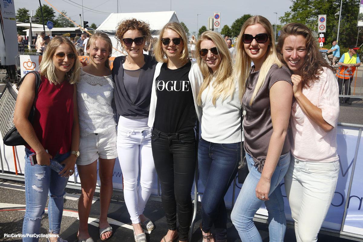 dutch-champs15-girls-dd.jpg