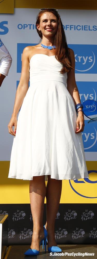 tdf15st15-white-dress-dd