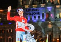 vuelta15st8-podium-aru-big