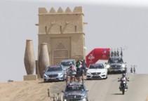 abudhabi15st1-desert-peloton-1200