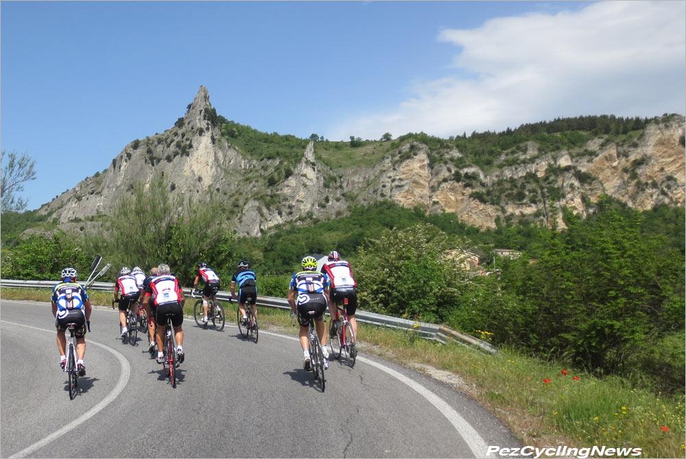 carpegna15-groupclimb
