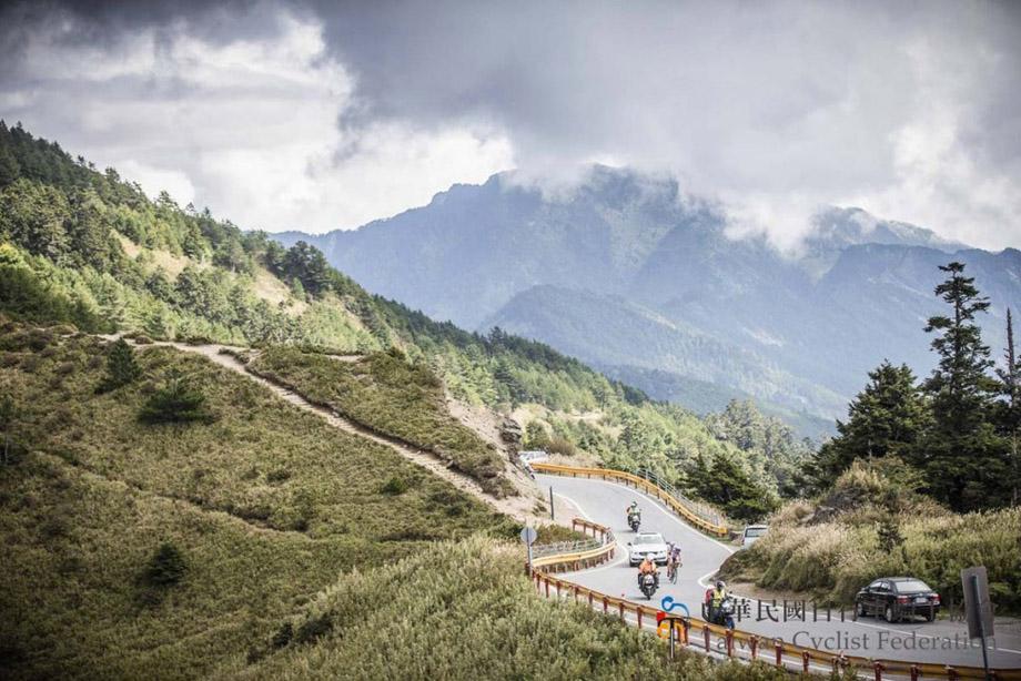 taiwan15-road-920