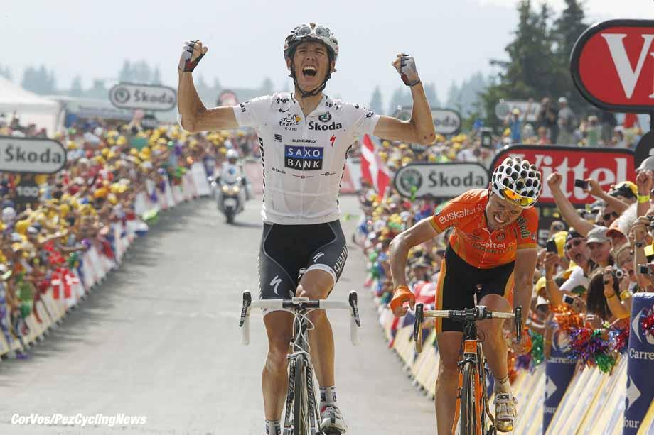 Morzine-Avoriaz - Frankrijk - wielrennen - cycling - radsport - cyclisme Tour de France 2010 - 8e etappe  - Station des Rousses >  -  Morzine-Avoriaz - Andy Schleck (Team Saxo Bank) - Samuel Sanchez Gonzalez (Euskaltel - Euskadi)  - foto Wessel van Keuk/Cor Vos ©2010