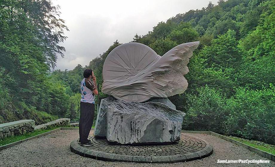 tdf16sl-casartelli-monument-920