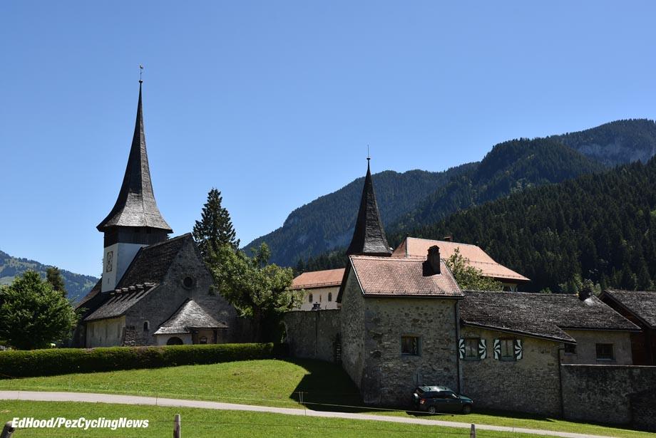 tdf16st17eh-church-920