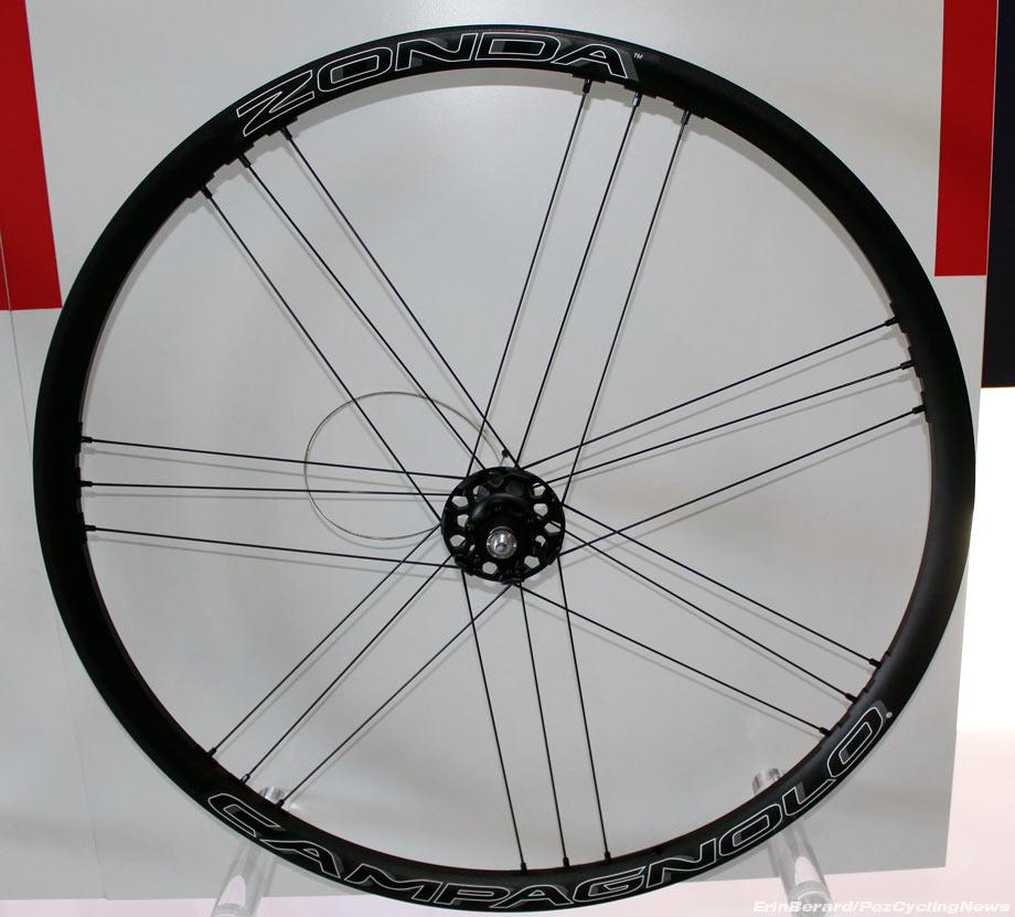 eurobike16-campagnolo-zonda-db-wheel-front.jpg