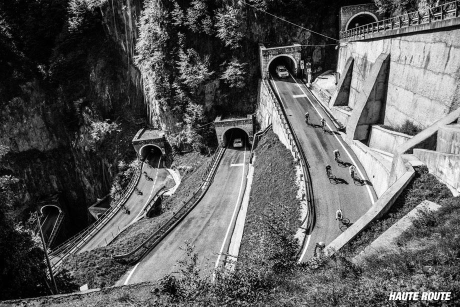hauterouts15-tunnels-920