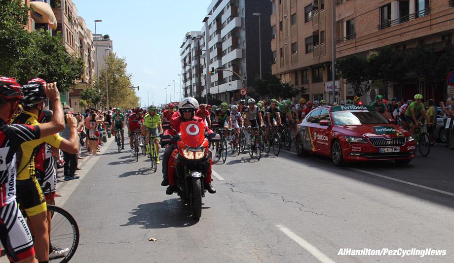 vuelta16st17al-start-920