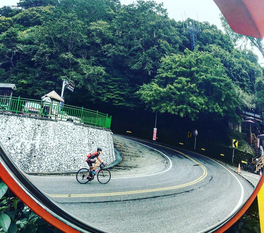 taiwan-ride-mirror-920