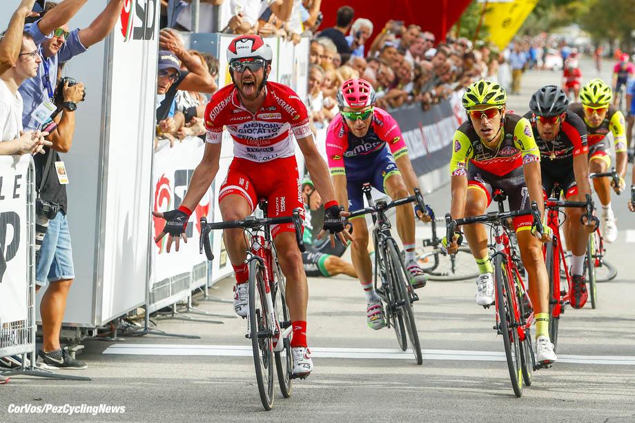 Cesenatico - Italy - wielrennen - cycling - radsport - cyclisme - Francesco Gavazzi (Androni - Sidermec) - Matteo Busato (Wilier Southeast) pictured during Memorial Marco Pantani 2016 - Cesenatico - Cesenatico 198,8 km - photo LB/RB/Cor Vos © 2016