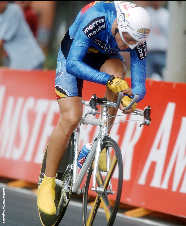 Hoogvliet - wielrennen -cycling - cyclisme - stockphoto -archiefbeeld - archive - Tom Boonen - foto Cor Vos ©2006