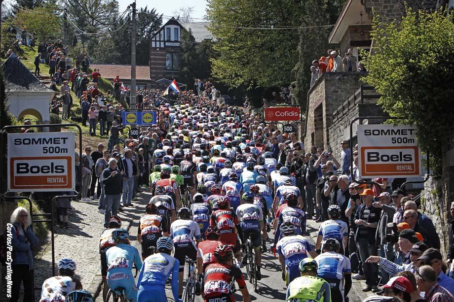 Huy - Belgium - wielrennen - cycling - radsport - cyclisme -   illustration - sfeer - illustratie mur de Huy pictured during Fleche Wallonne 2016 - photo Dion Kerckhoffs/Cor Vos © 2016