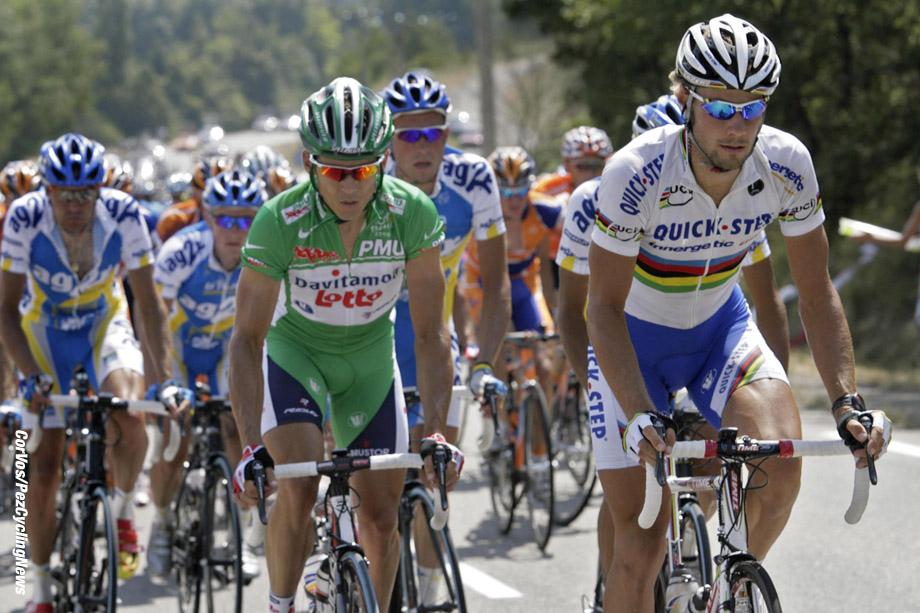 Carcassone- Frankrijk - wielrennen - cycling - cyclisme - Tour de France - 12e etappe Luchon-Carcassone - Tom Boonen (Quick Step) en Robbie McEwen (Lotto Davitamon) - foto Marketa Navratilova/Cor Vos ©2006