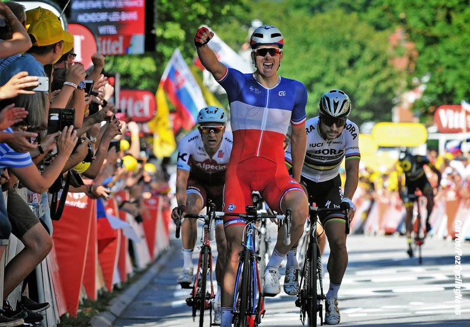 Vittel - France - wielrennen - cycling - cyclisme - radsport - Arnaud DEMARE (France / Team FDJ) - Alexander KRISTOFF (Norway / Team Katusha - Alpecin) - Peter SAGAN (Slowakia / Team Bora - Hansgrohe) pictured during the 104th Tour de France 2017 - stage 4 from Mondorf-les-Bains to Vittel, 207.50 km - foto Miwa iijima/Cor Vos © 2017