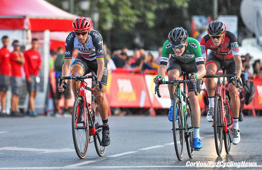 Madrid - Spain - wielrennen - cycling - cyclisme - radsport - Nick Schulz (Caja Rural) - Alessandro DE MARCHI (BMC Racing Team) - Rui Alberto FARIA DA COSTA (Portugal/ Team UAE Emirates)  pictured during La Vuelta ciclista a Espana 2017 (2.UWT) stage 21 from Arroyomolinos - Madrid (117,6 km) - photo Miwa iijima/Cor Vos © 2017