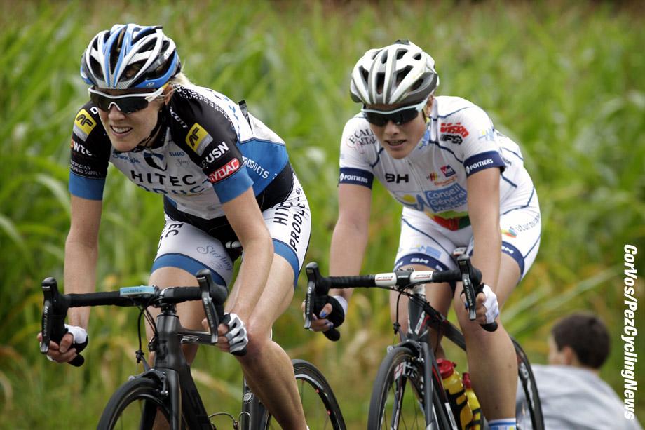 Plouay - France - wielrennen - cycling - radsport - cyclisme - Rachel Neylan, Pascale Jeuland pictured during the La Coupe du Monde Féminine ? Le GP de Plouay 2013 - Bretagne - women - photo Anton Vos/Cor Vos © 2013
