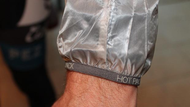 sportful_hotpack_wrist