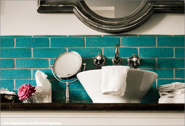 bespoke14-sink620
