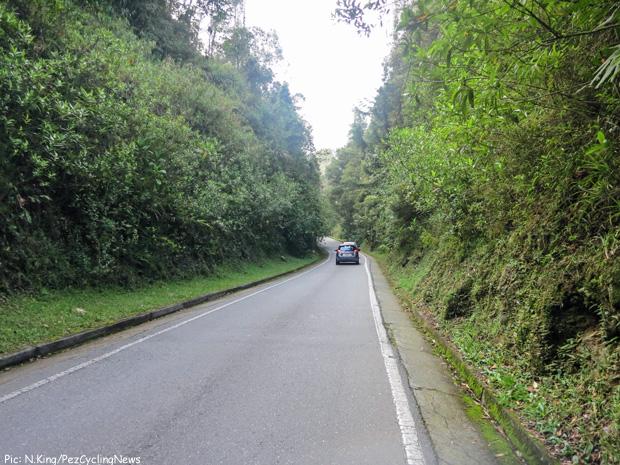 medellin_road_narrow