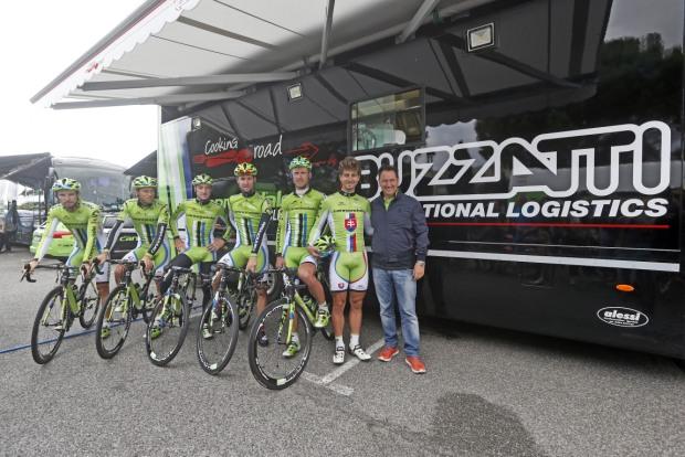 Truck-Buzzatti-Trasporti-Cannondale-Pro-Cycling-con-Team-e-Mario-Buzzatti