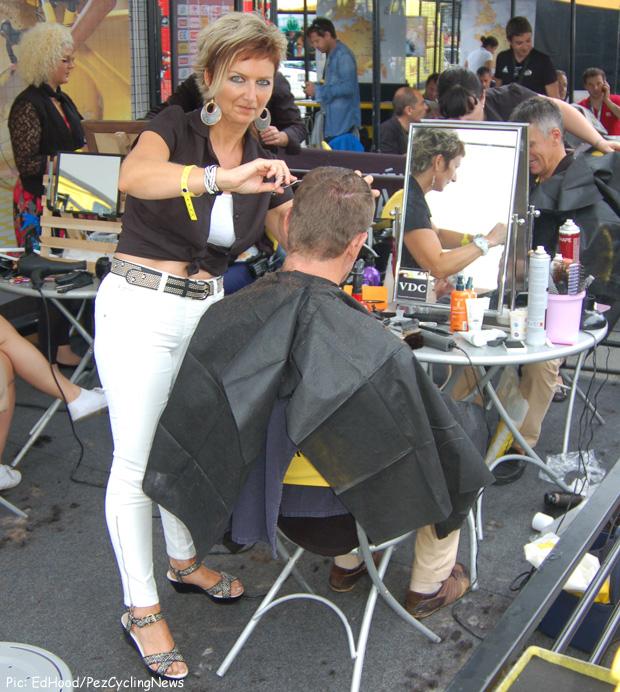 tdf2014stage19-start-hair