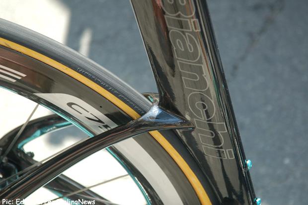 tdf2014stage20-Aquila-rear-
