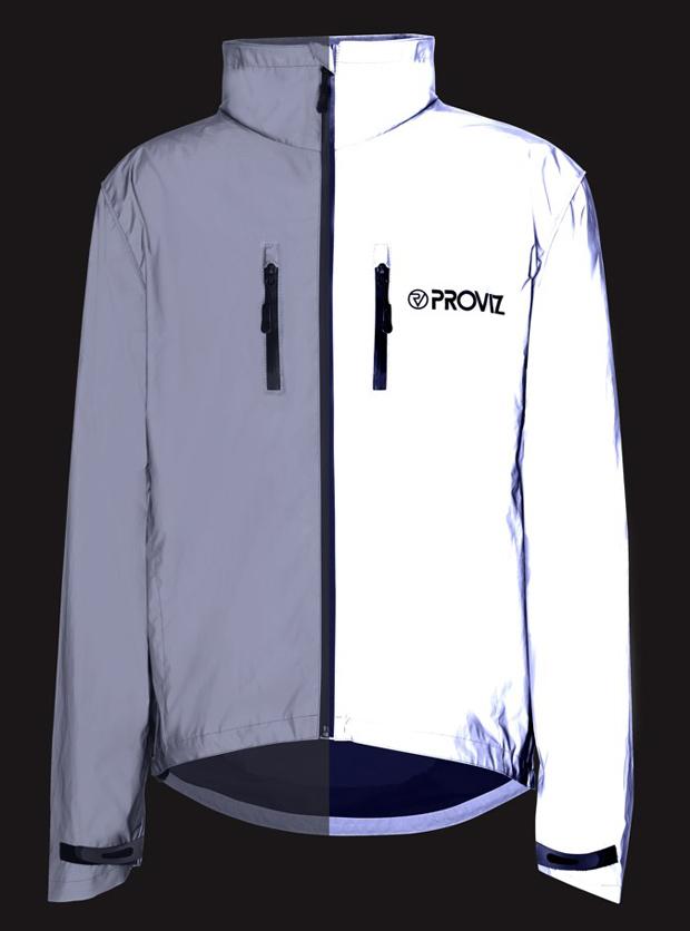 FM_REFLECT360_Jacket_Split_Show