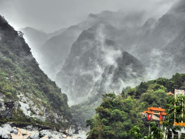 taiwankom14-mountain