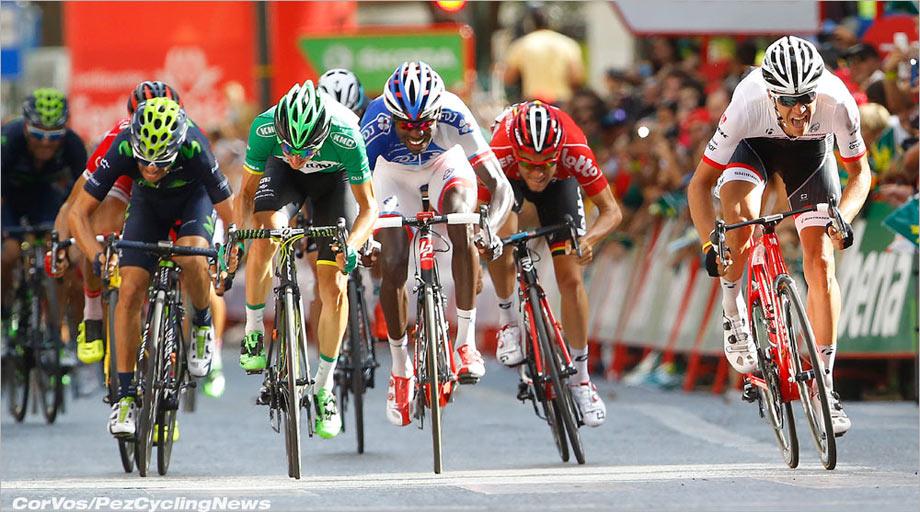 vuelta15st08-sprint920