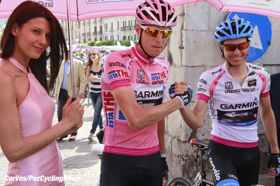 Lago Laceno - Italia - wielrennen - cycling - radsport - cyclisme - misssss - Ryder Hesjedal and Peter Stetina (Team Garmin - Barracuda) pictured during stage 8 of the Giro d'Italia 2012 - from Sulmona to Lago Laceno - foto Claudio Minardi/Cor Vos ©2012