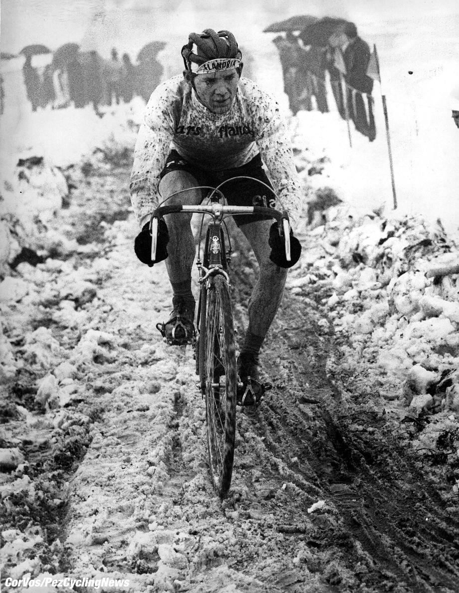 erik de vlaeminck snow 920 - Campeonato del mundo de Ciclocross 2021 - Oostende