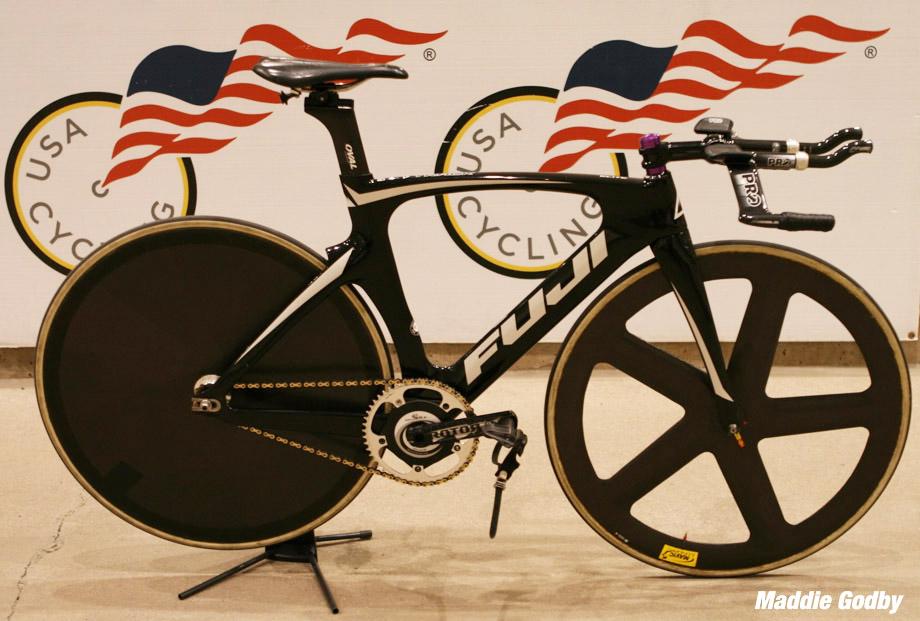 Readers\' Rig: Maddie\'s Track Fuji - PezCycling News
