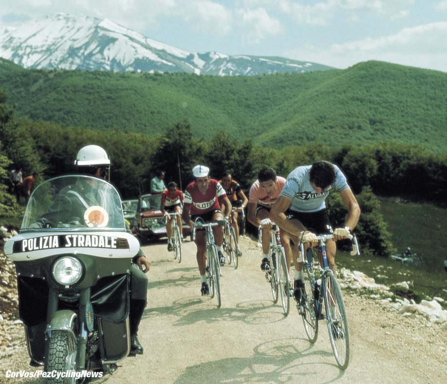 Hoogvliet - wielrennen - cycling - radsport - cyclisme - Archief - stock - Archive - Eddy Merckx - foto Cor Vos ©2008