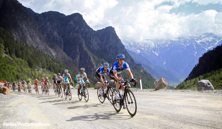 Passo dell Stelvio - Italia - wielrennen - cycling - radsport - cyclisme - Christian Vandevelde (Garmin - Barracuda) pictured during stage 20 of the Giro d'Italia 2012 - from Val di Sole to Passo dell Stelvio - foto Cor Vos ©2012