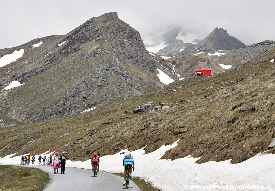 giro16stage19eh-022-climb-1