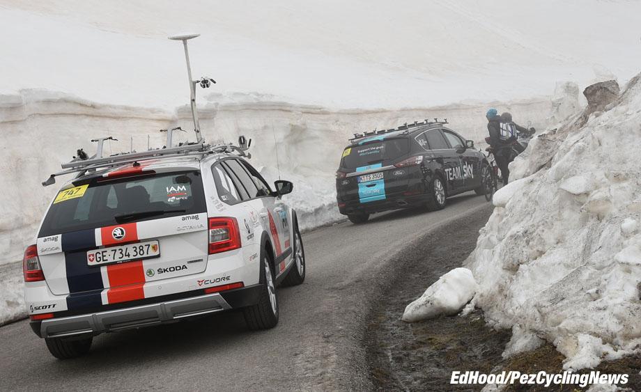 giro16stage19eh-127-snow-920