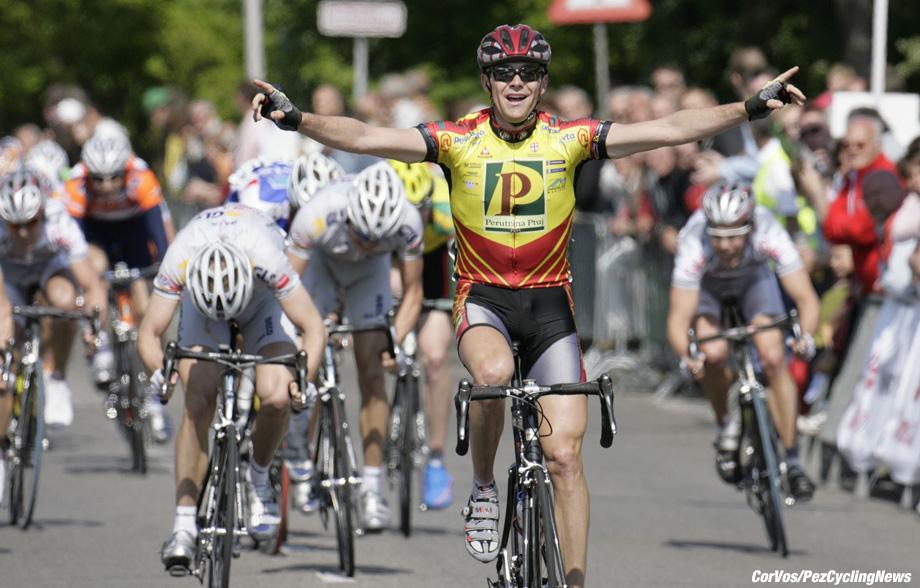 Noordwijkerhout - wielrennen - cycling - cyclisme -  Olympia's Tour Ronde - 2e etappe Noordwijkerhout-Noordwijkerhout - Borut Bozic  - foto Cor Vos ©2006