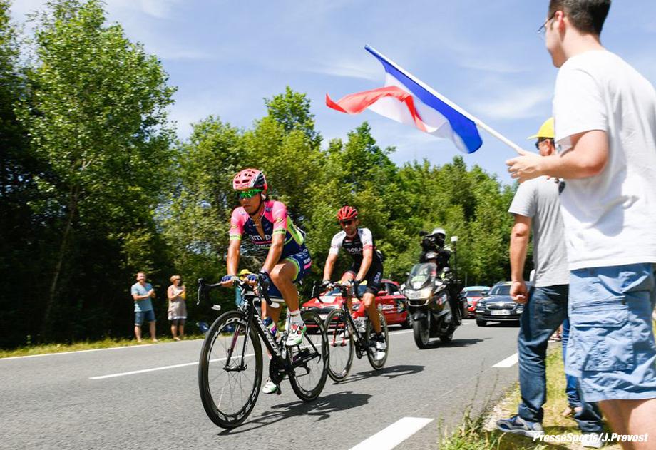 Tour de France 2016 - 07/07/2016 - Etape 6 - Arpajon-sur-cère/ Montauban (190,5 km) - ARASHIRO Yukiya (LAMPRE - MERIDA), BARTA Jan (BORA-ARGON 18) - Le dernier écart enregistré est de 3'20'' en faveur de l'échappée