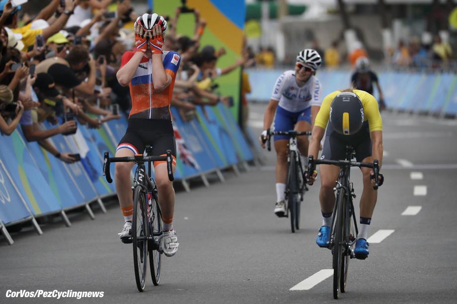 Rio de Janeiro - Brasil - wielrennen - cycling - radsport - cyclisme - Anna van der Breggen pictured during women's roadrace - Olympic Games 2016 in Rio - photo Anton Vos/Cor Vos © 2016