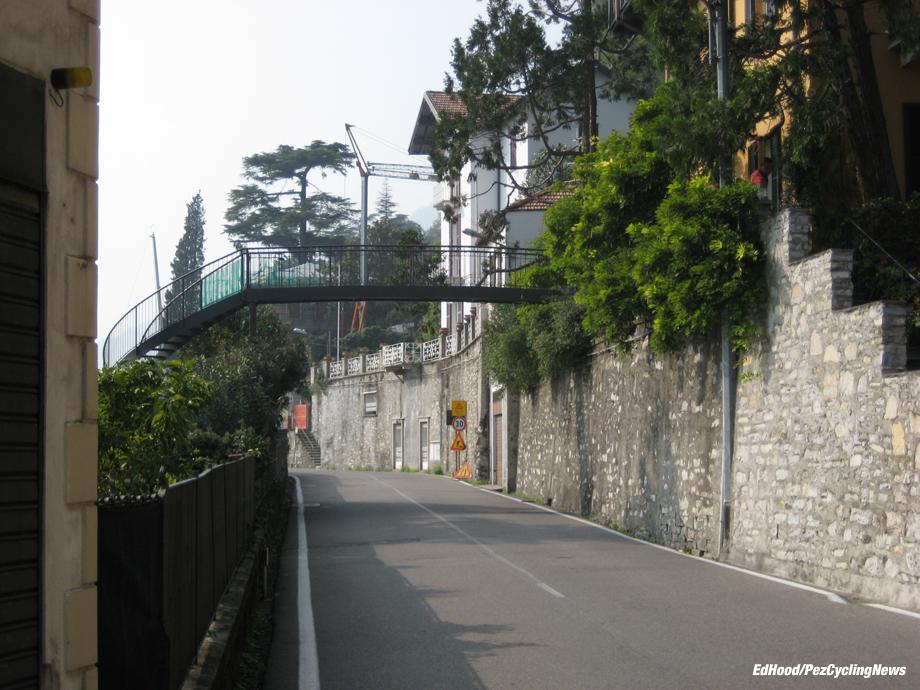 lombardia07eh-villa-ago-como-bridge-920