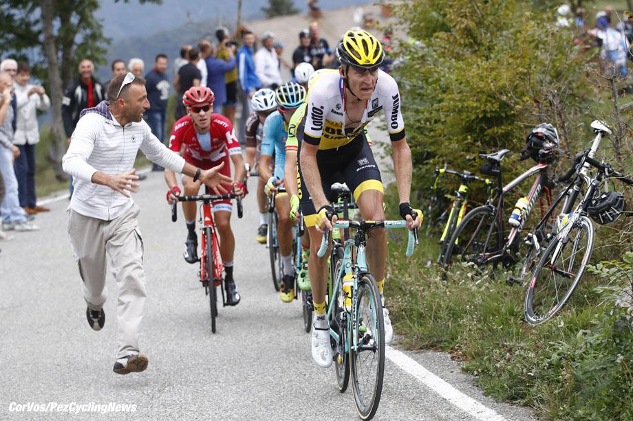 Bergamo - Italy - wielrennen - cycling - radsport - cyclisme - Robert Gesink (LottoNL - Jumbo) pictured during  Il Lombardia 2016 - 110th edition - Como - Bergamo 241 km - 01/10/2016- photo LB/RB/Cor Vos © 2016