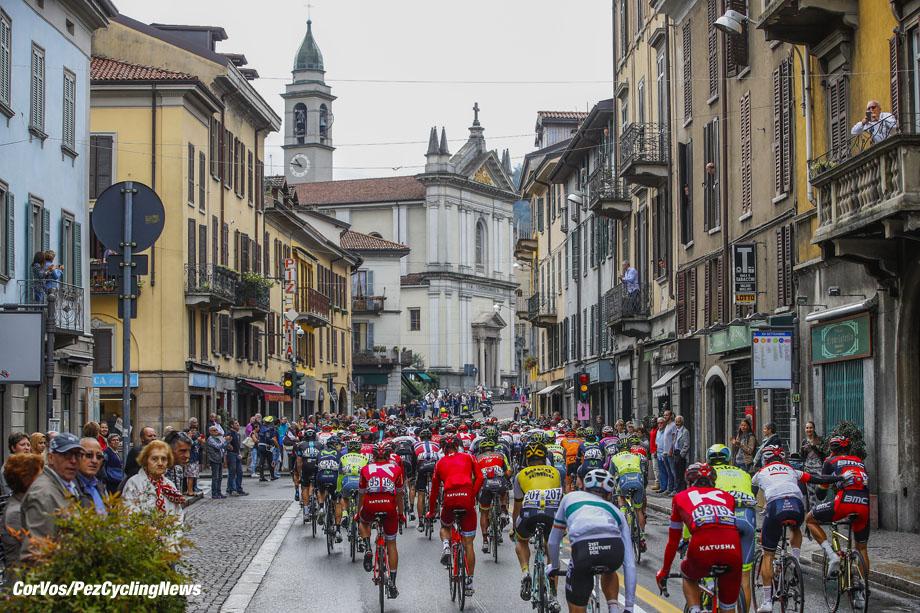 Bergamo - Italy - wielrennen - cycling - radsport - cyclisme - illustration - sfeer - illustratie pictured during  Il Lombardia 2016 - 110th edition - Como - Bergamo 241 km - 01/10/2016- photo LB/RB/Cor Vos © 2016
