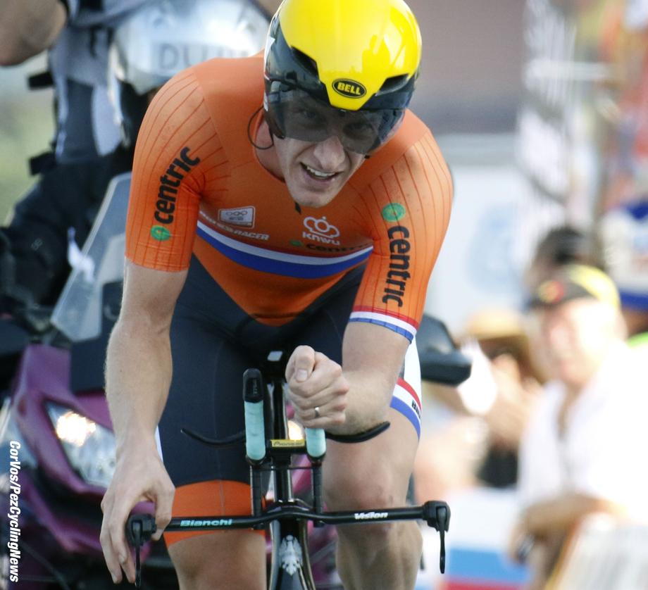 Doha - Qatar - wielrennen - cycling - radsport - cyclisme - Van Emden Jos (Netherlands / Team Lotto Nl - Jumbo) pictured during ITT men Time Trial Individual of the UCI Road World Championships 2016 in Qatar - photo Davy Rietbergen/Cor Vos © 2016