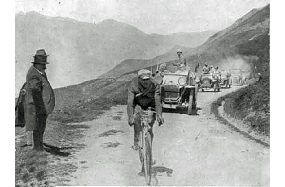 shattered-peloton-1914f-ala-920