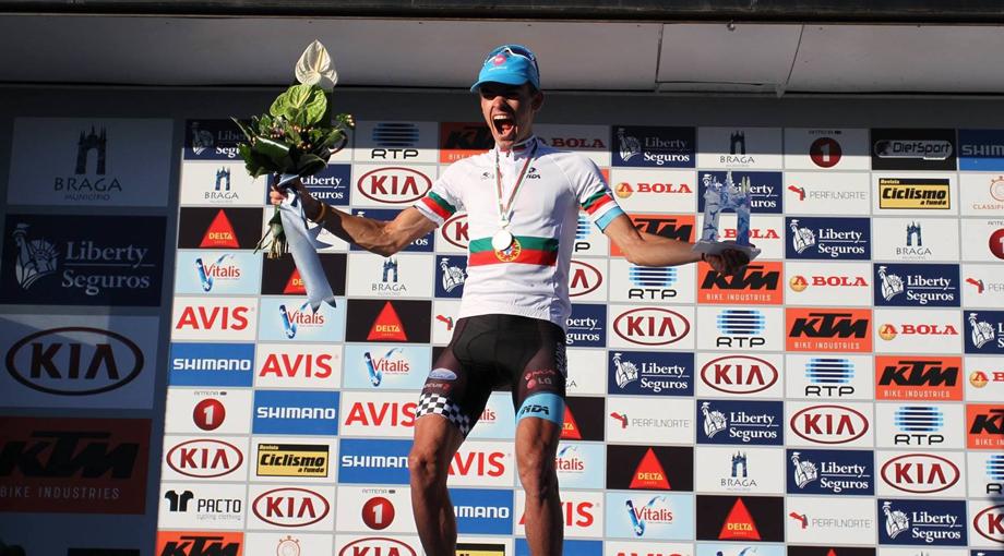 movistar-bico-podium-920